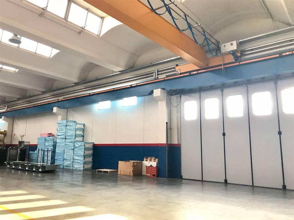 capannone in vendita arzago d'adda in provincia di bergamo a € 0