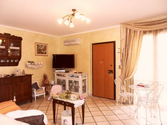 Casa semi indipendente, Piombino, in ottime condizioni