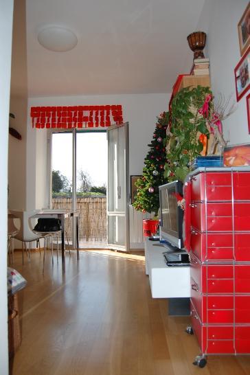 Appartamento in affitto a Piombino, 4 locali, prezzo € 500 | Cambiocasa.it