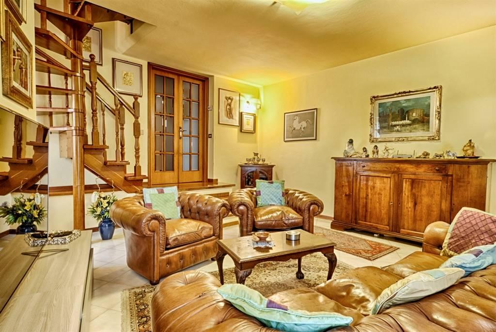 Villa Bifamiliare in Vendita a Campiglia Marittima