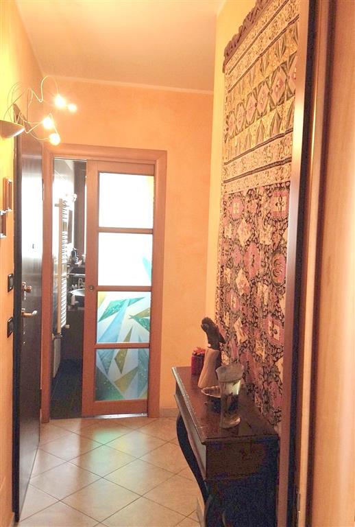 Appartamento in Via Isonzo 76, San Paolo, Torino