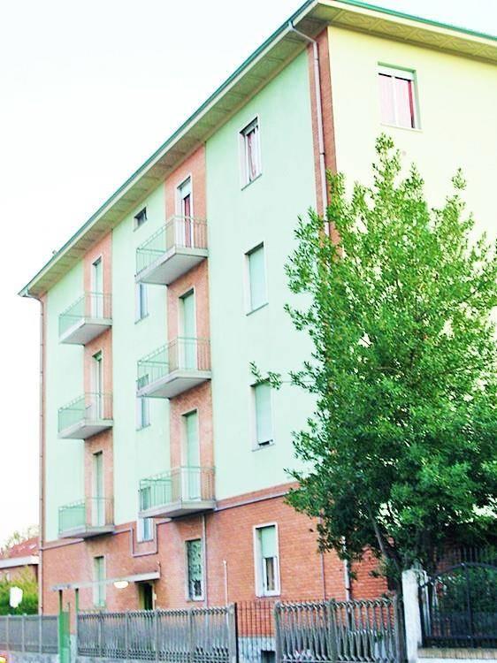 Appartamento in affitto a Orbassano, 3 locali, zona Località: ORBASSANO, prezzo € 400 | Cambio Casa.it