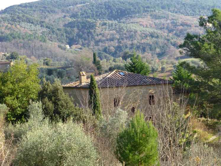 Rustico / Casale in Vendita a San Giovanni d'Asso