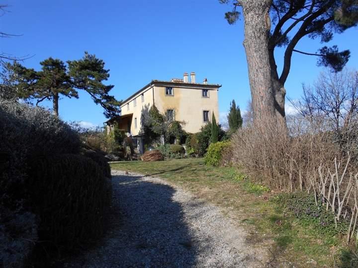 Rustico / Casale in vendita a Montepulciano, 14 locali, prezzo € 2.200.000 | Cambio Casa.it