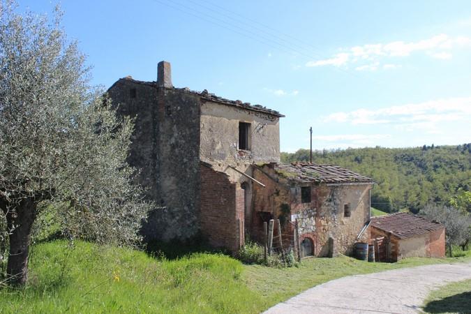 Rustico / Casale in Vendita a Trequanda