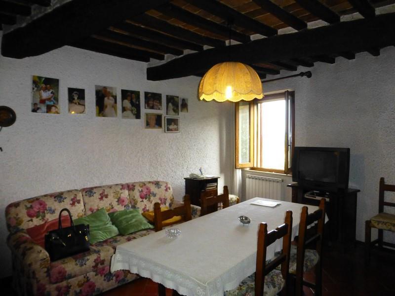 Soluzione Indipendente in vendita a Trequanda, 10 locali, prezzo € 298.000 | Cambio Casa.it