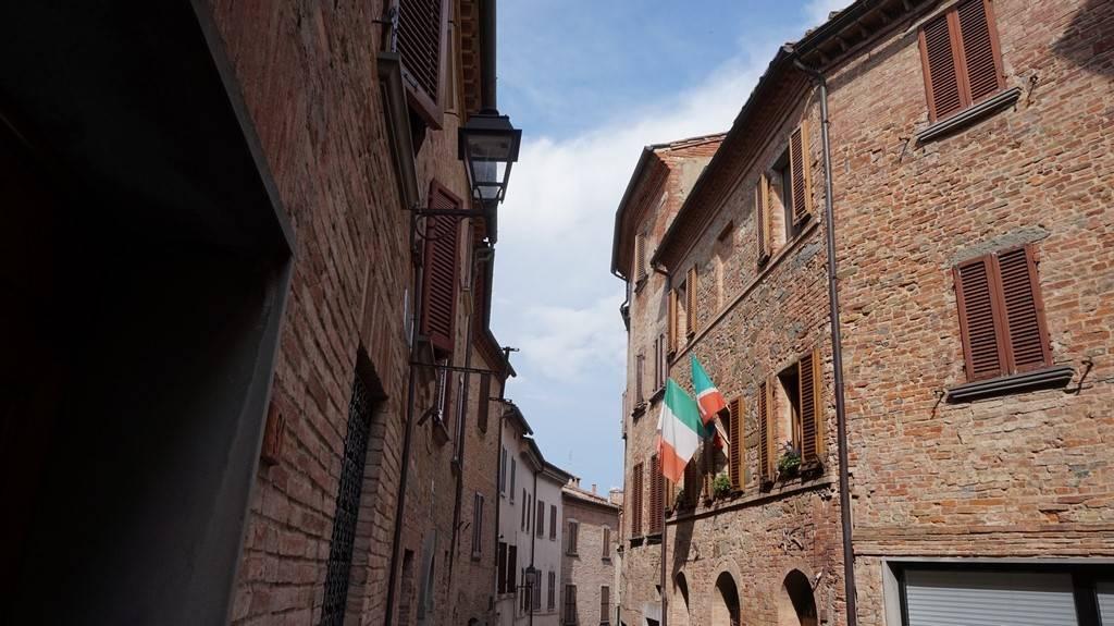 Appartamento in vendita a Torrita di Siena, 4 locali, zona Zona: Torrita, prezzo € 95.000 | Cambio Casa.it