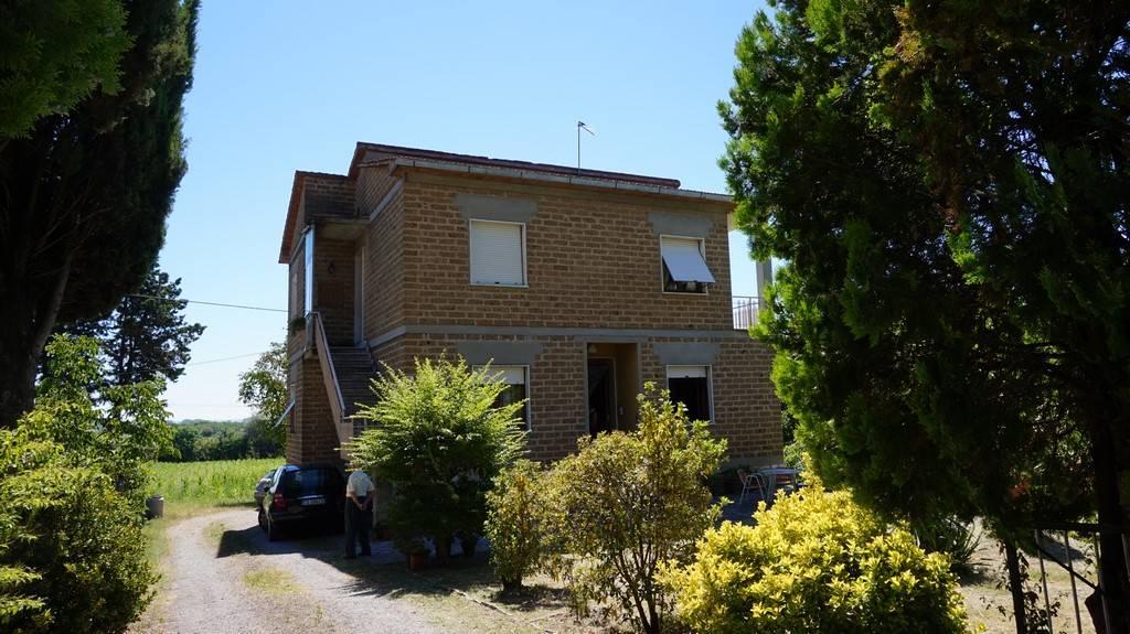 Soluzione Indipendente in vendita a Sinalunga, 6 locali, zona Zona: Pieve, prezzo € 168.000 | Cambio Casa.it
