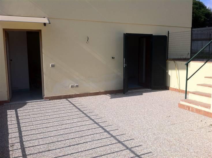Soluzione Indipendente in vendita a Terracina, 2 locali, zona Località: FOCE SISTO, prezzo € 135.000 | Cambio Casa.it