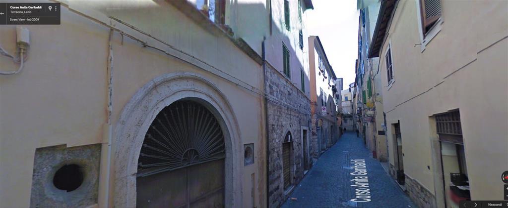 Negozio / Locale in vendita a Terracina, 1 locali, zona Località: CENTRO STORICO, prezzo € 30.000 | Cambio Casa.it