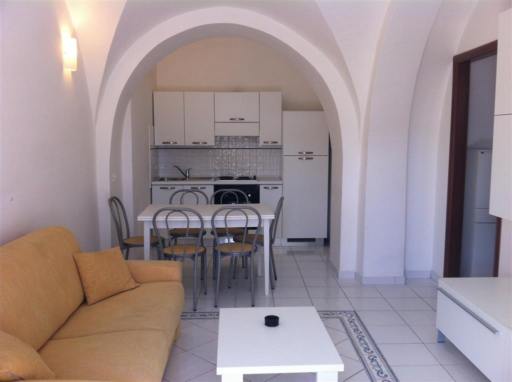 Appartamento in vendita a Terracina, 3 locali, zona Zona: Badino, prezzo € 115.000 | Cambio Casa.it