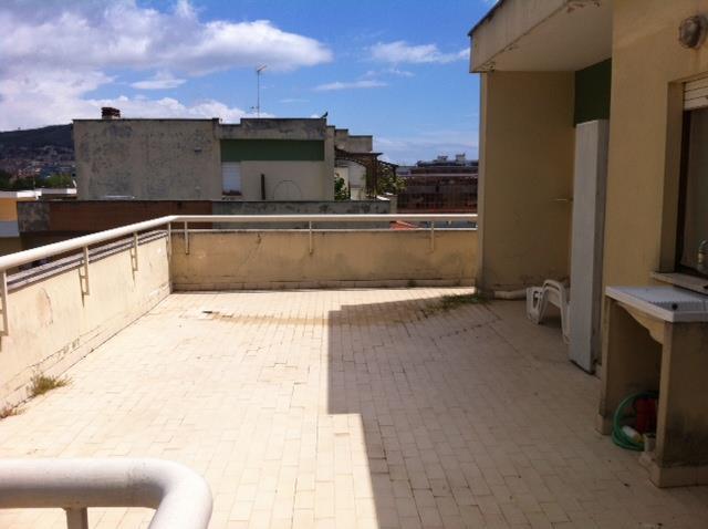 Attico / Mansarda in vendita a Terracina, 4 locali, zona Località: LUNGOMARE, prezzo € 159.000 | Cambio Casa.it