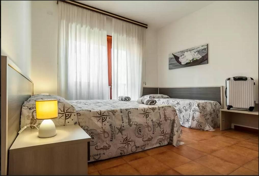 Appartamento in affitto a Terracina, 2 locali, zona Località: LUNGOMARE, prezzo € 350 | CambioCasa.it