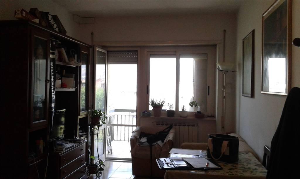 Appartamento in vendita a Terracina, 3 locali, prezzo € 130.000 | CambioCasa.it
