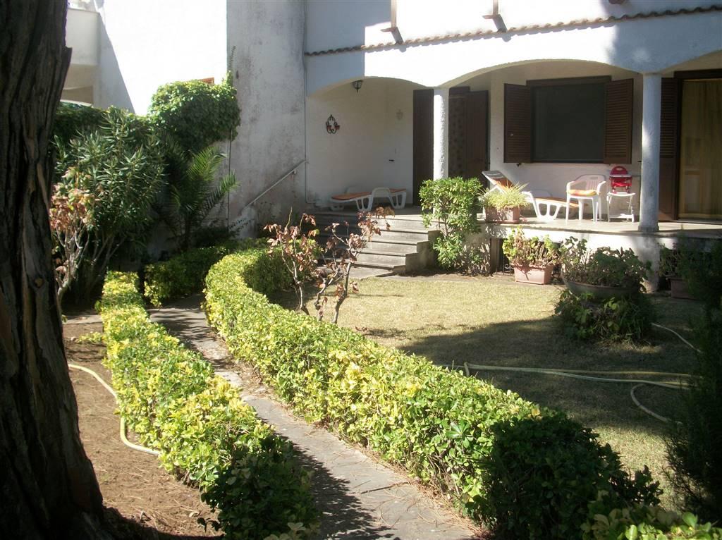 Villa Bifamiliare in Vendita a Terracina