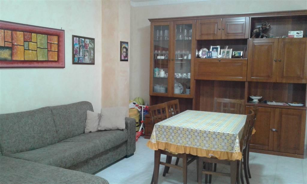 Appartamento in vendita a Terracina, 6 locali, zona Località: CALCATORE, prezzo € 210.000   CambioCasa.it
