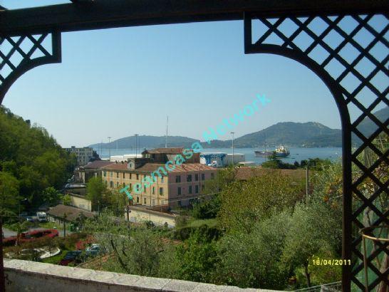 Soluzione Indipendente in vendita a La Spezia, 10 locali, zona Località: FOSSAMASTRA, Trattative riservate   CambioCasa.it