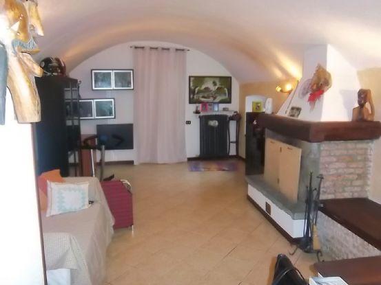 Soluzione Semindipendente in vendita a Beverino, 5 locali, zona Zona: Padivarma, prezzo € 170.000 | CambioCasa.it