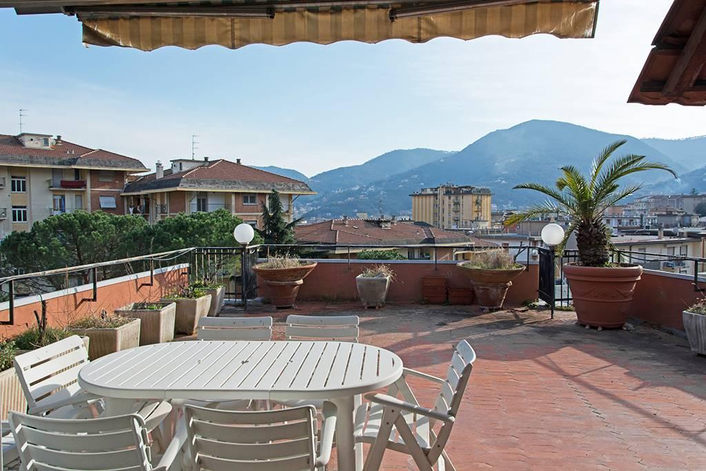 Attico / Mansarda in vendita a La Spezia, 5 locali, zona Zona: Fossitermi, prezzo € 295.000 | Cambio Casa.it
