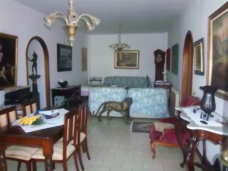 Soluzione Indipendente in vendita a Riccò del Golfo di Spezia, 5 locali, prezzo € 150.000 | Cambio Casa.it