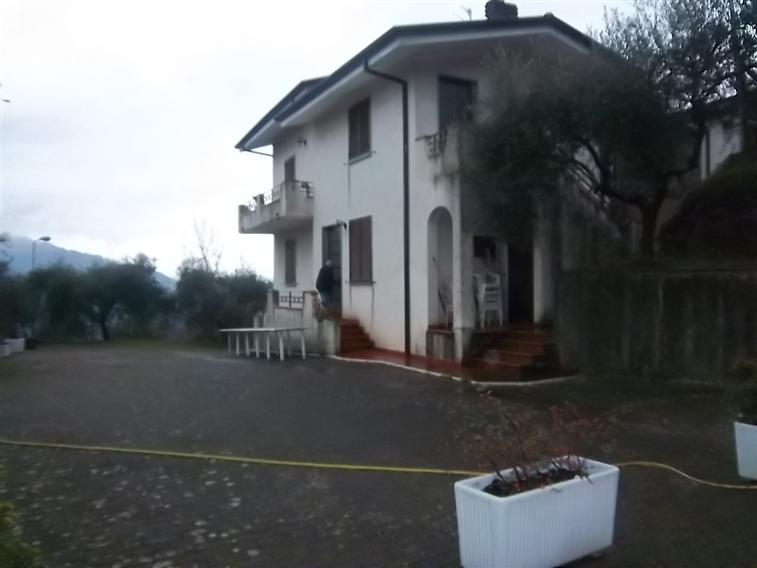 Villa in Vendita a Calice al Cornoviglio