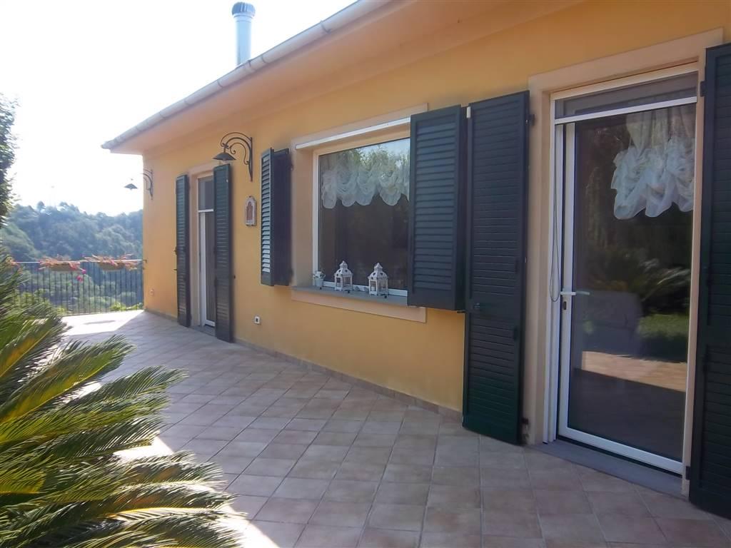 Villa in vendita a Vezzano Ligure, 15 locali, Trattative riservate | Cambio Casa.it