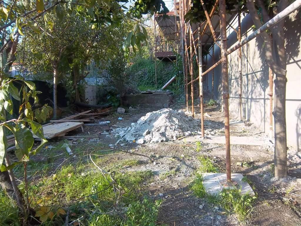 Soluzione Indipendente in vendita a La Spezia, 4 locali, zona Zona: La Chiappa, prezzo € 270.000 | CambioCasa.it