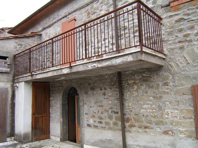 Soluzione Semindipendente in vendita a Casola in Lunigiana, 6 locali, prezzo € 160.000 | Cambio Casa.it