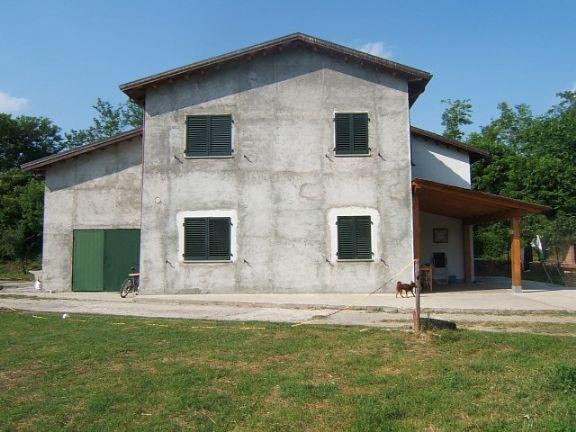 Soluzione Indipendente in vendita a Aulla, 6 locali, prezzo € 270.000 | Cambio Casa.it