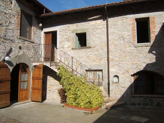 Rustico / Casale in vendita a Fivizzano, 6 locali, prezzo € 200.000 | Cambio Casa.it