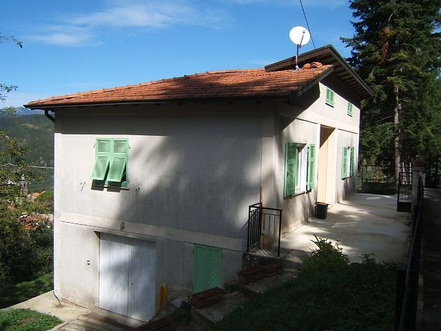 Soluzione Indipendente in vendita a Fivizzano, 4 locali, prezzo € 120.000 | Cambio Casa.it