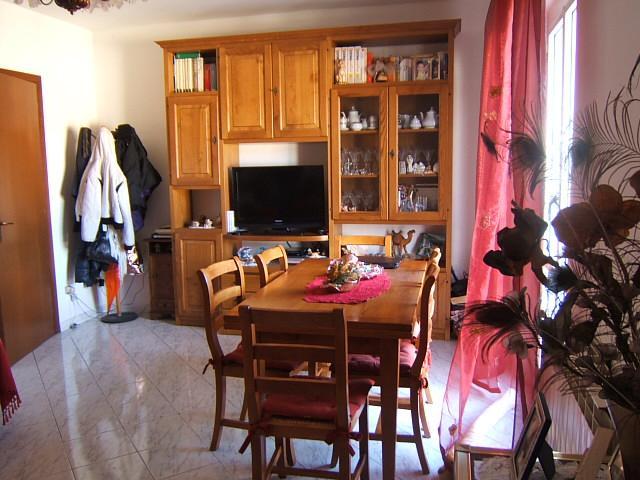 Appartamento in vendita a Aulla, 4 locali, prezzo € 160.000   Cambio Casa.it