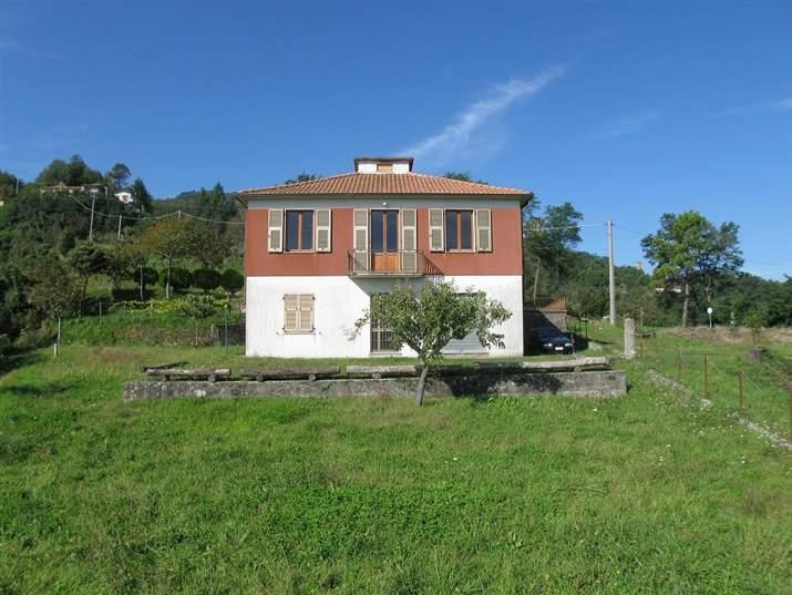 Soluzione Indipendente in vendita a Tresana, 6 locali, prezzo € 370.000 | CambioCasa.it