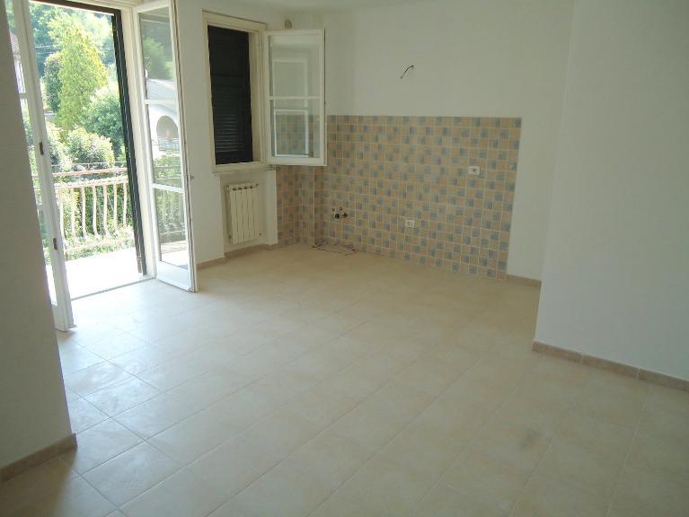 Appartamento in vendita a Aulla, 1 locali, prezzo € 70.000   Cambio Casa.it