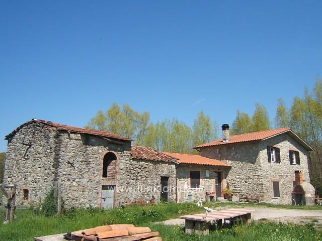 Rustico / Casale in vendita a Filattiera, 5 locali, prezzo € 300.000 | Cambio Casa.it