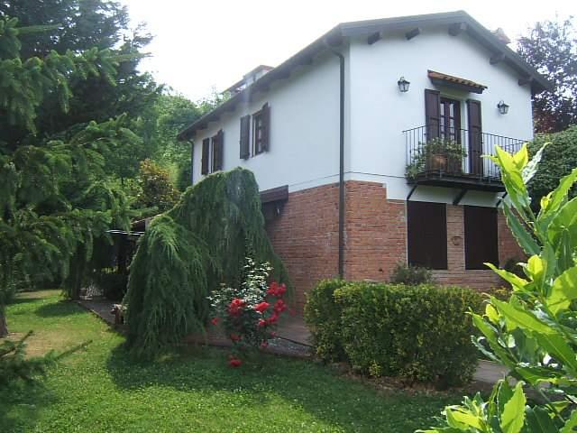Soluzione Indipendente in vendita a Fivizzano, 4 locali, prezzo € 260.000 | Cambio Casa.it