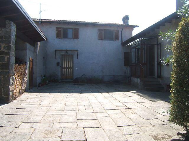 Rustico-casale in Vendita Fivizzano in provincia di Massa Carrara