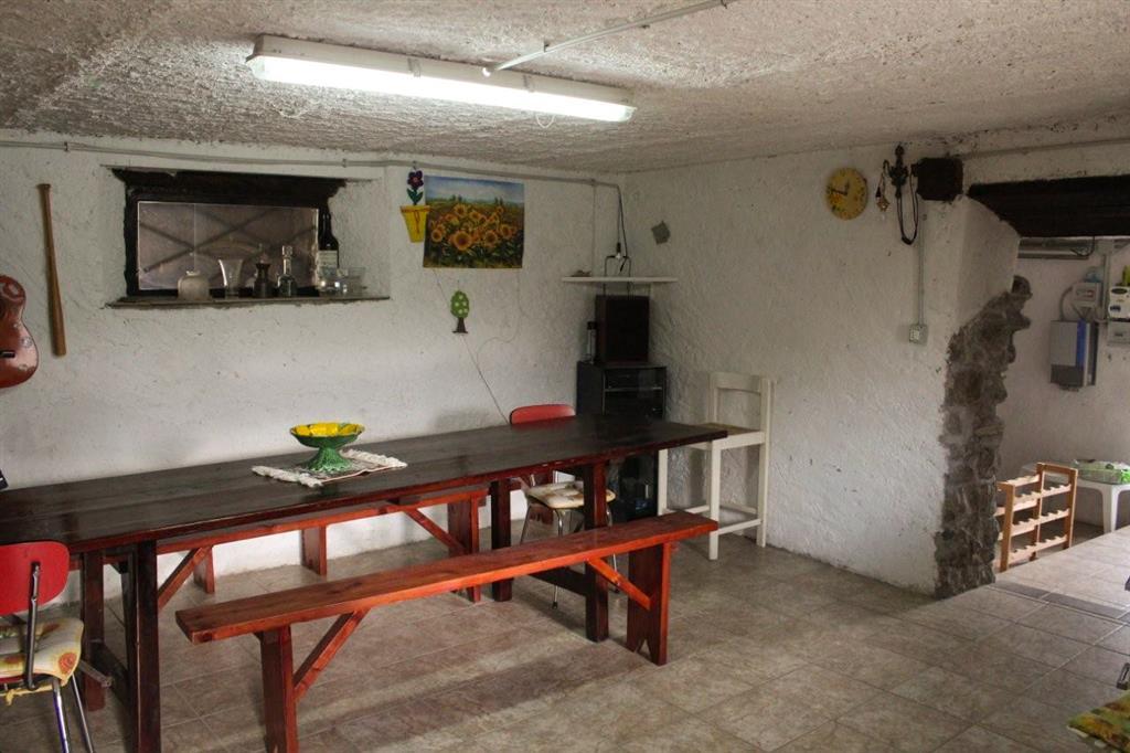 Rustico-casale in Vendita Aulla in provincia di Massa Carrara