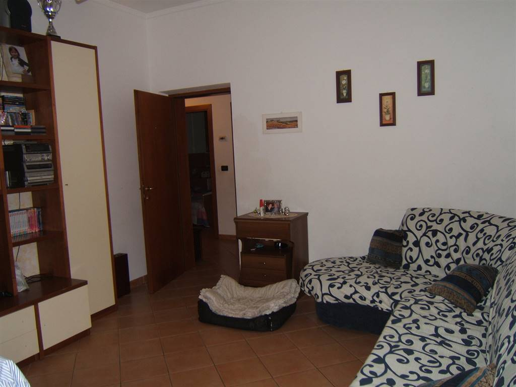Appartamento in vendita a Fivizzano, 4 locali, prezzo € 115.000 | Cambio Casa.it
