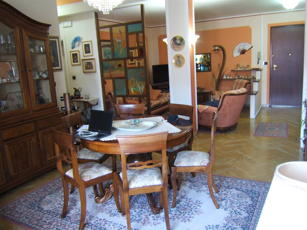 Appartamento in vendita a Fivizzano, 4 locali, prezzo € 130.000 | CambioCasa.it