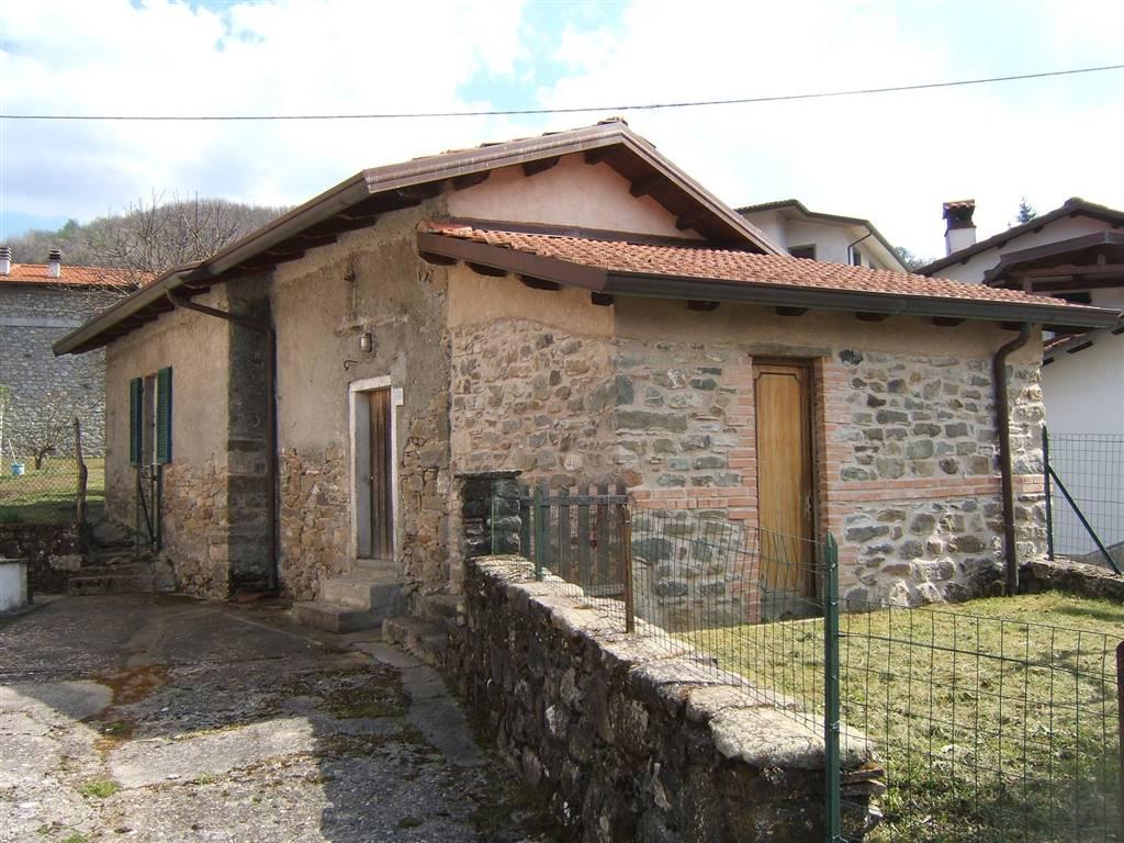 Rustico / Casale in vendita a Casola in Lunigiana, 2 locali, prezzo € 50.000 | CambioCasa.it