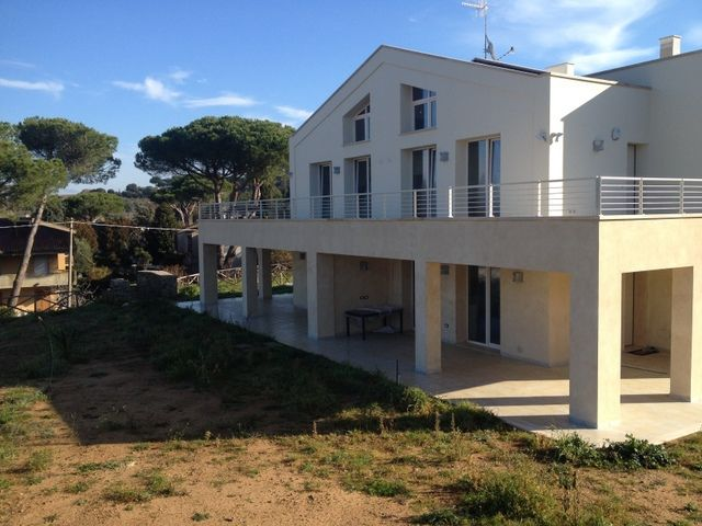Villa in vendita a Scarlino, 3 locali, zona Zona: Puntone, Trattative riservate | Cambio Casa.it