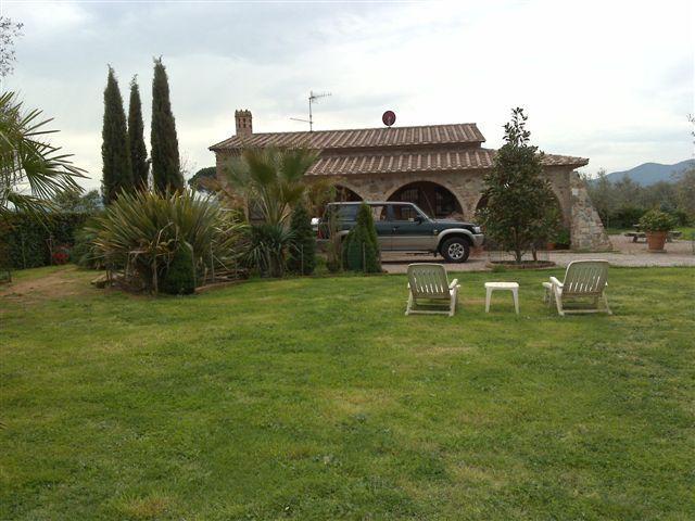 Rustico / Casale in vendita a Gavorrano, 4 locali, zona Zona: Bivio Ravi, Trattative riservate | Cambio Casa.it
