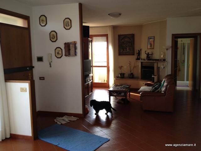 Attico / Mansarda in vendita a Follonica, 4 locali, zona Località: CENTRO, prezzo € 290.000 | CambioCasa.it