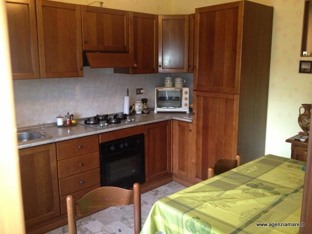 Soluzione Indipendente in vendita a Piombino, 4 locali, zona Zona: Riotorto, Trattative riservate | CambioCasa.it