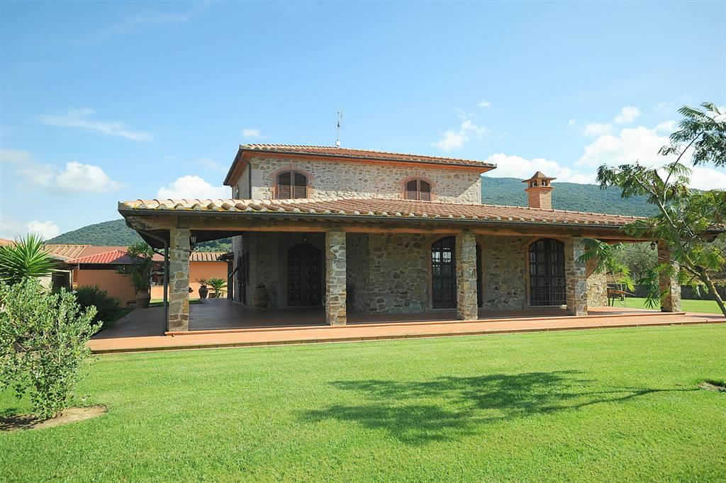 Villa in vendita a Scarlino, 6 locali, Trattative riservate | Cambio Casa.it