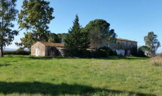 Rustico / Casale in vendita a Scarlino, 8 locali, zona Località: CAMPAGNA, prezzo € 390.000 | CambioCasa.it