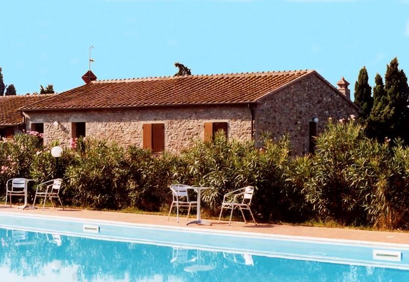 Rustico / Casale in vendita a Piombino, 25 locali, zona Zona: Baratti, Trattative riservate | CambioCasa.it