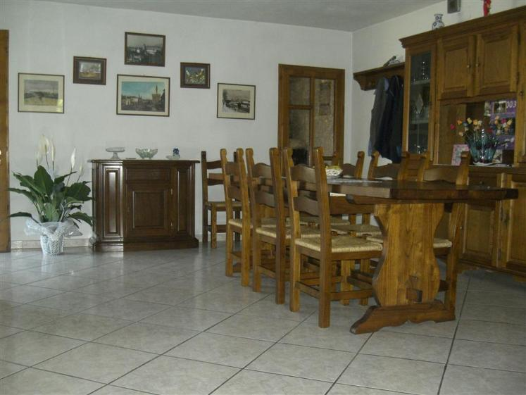 Soluzione Indipendente in vendita a Quarrata, 6 locali, prezzo € 450.000 | Cambio Casa.it