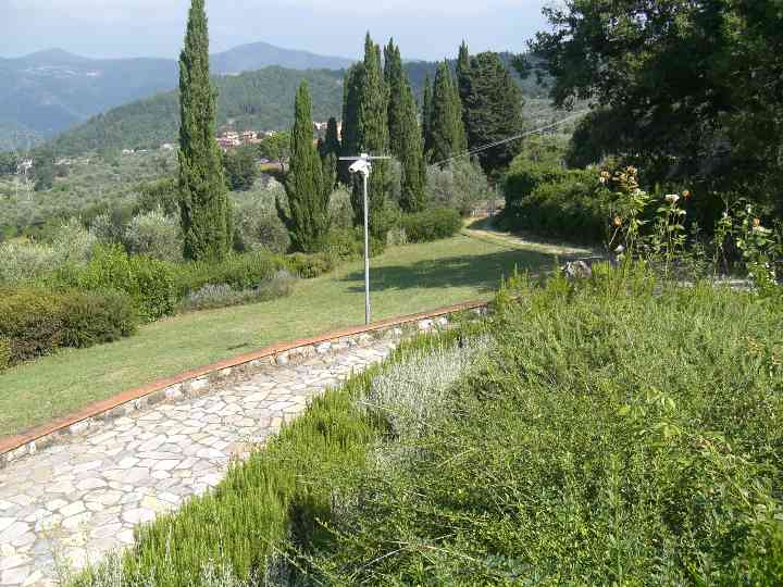 Soluzione Indipendente in vendita a Vaiano, 999 locali, zona Zona: Sofignano, Trattative riservate | Cambio Casa.it